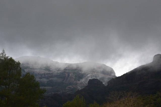 Un paisaje de película de miedo en el Montcau