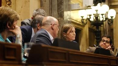 La presidenta del Parlament, Carme Forcadell, ayer, en la Mesa de la C�mara.
