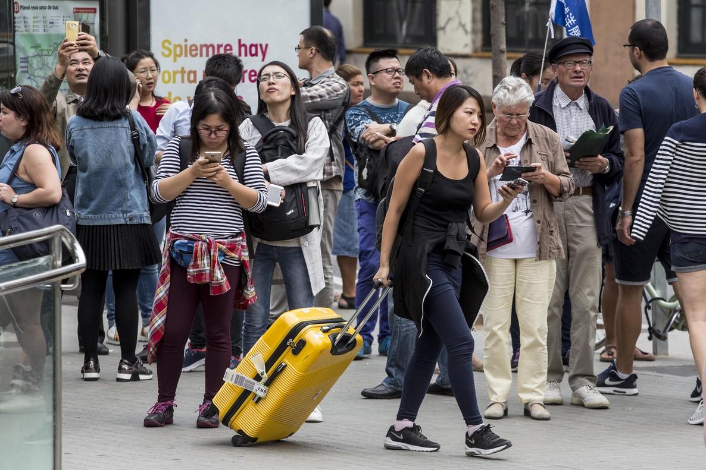 Barcelona no protege el anonimato de quien denuncia pisos - Pisos turisticos barcelona ...