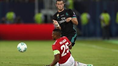 El Madrid continua enfilat al carro triomfal (2-1)