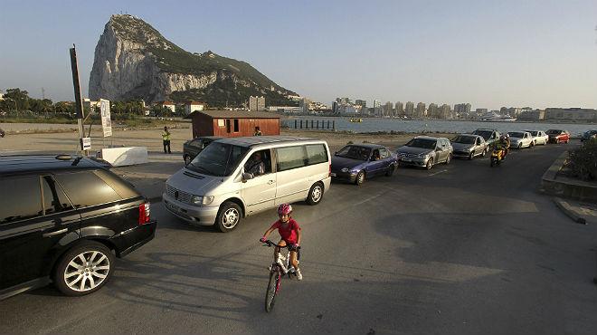 La fiscalia investiga el contraban de tabac i el blanqueig a Gibraltar