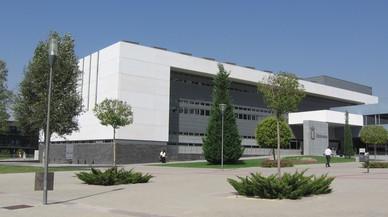 La UB estudia denunciar per plagi el rector de la Universitat Rey Juan Carlos