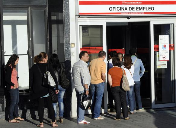 Crece la preocupaci n de los espa oles por el paro y la for Oficina del paro barcelona