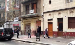jjubierre36109861 barcelona 31 de octubre del 2016 casa okupada en la calle 161031111125