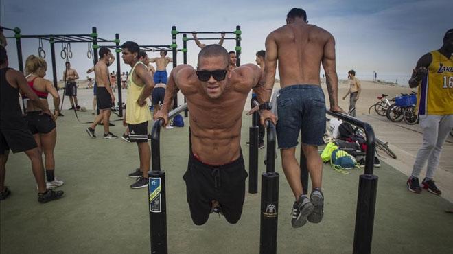 Deporte en las playas de BCN