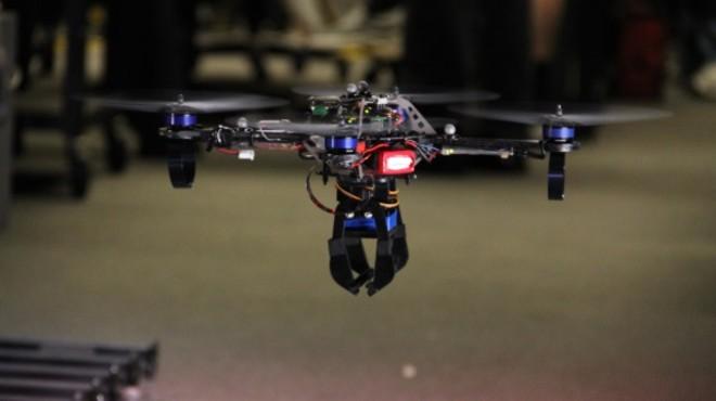Límits als drons de joguina