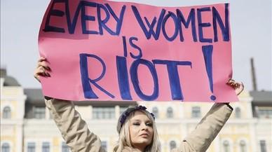 {Dia} Internacional de la Dona