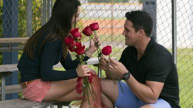 Imagendel nuevo programa de la cadena Divinity, 'Conquístame', estrenado en EEUU con el título 'The bachelorette'.