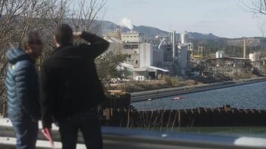 L'empresa que netejava Flix deixa sense retirar 100.000 metres cúbics de fang