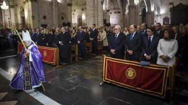 Ple i tensió a la catedral de València per acomiadar Rita Barberá