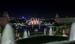 Una imagen de 'Into the night', espectacular recorrido por la noche de Barcelona