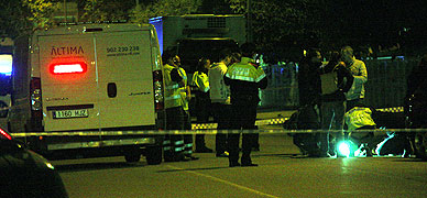 La Policia Cient�fica trabajando en el lugar de los hechos