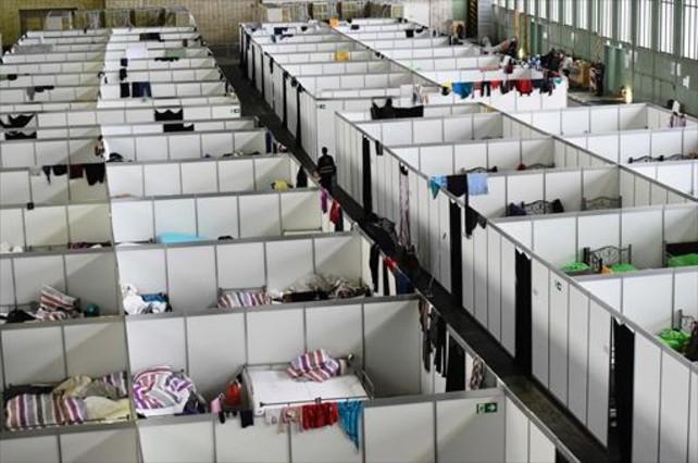 Instalaciones para refugiados en el antiguo aeropuerto de Tempelhof (Berlín).