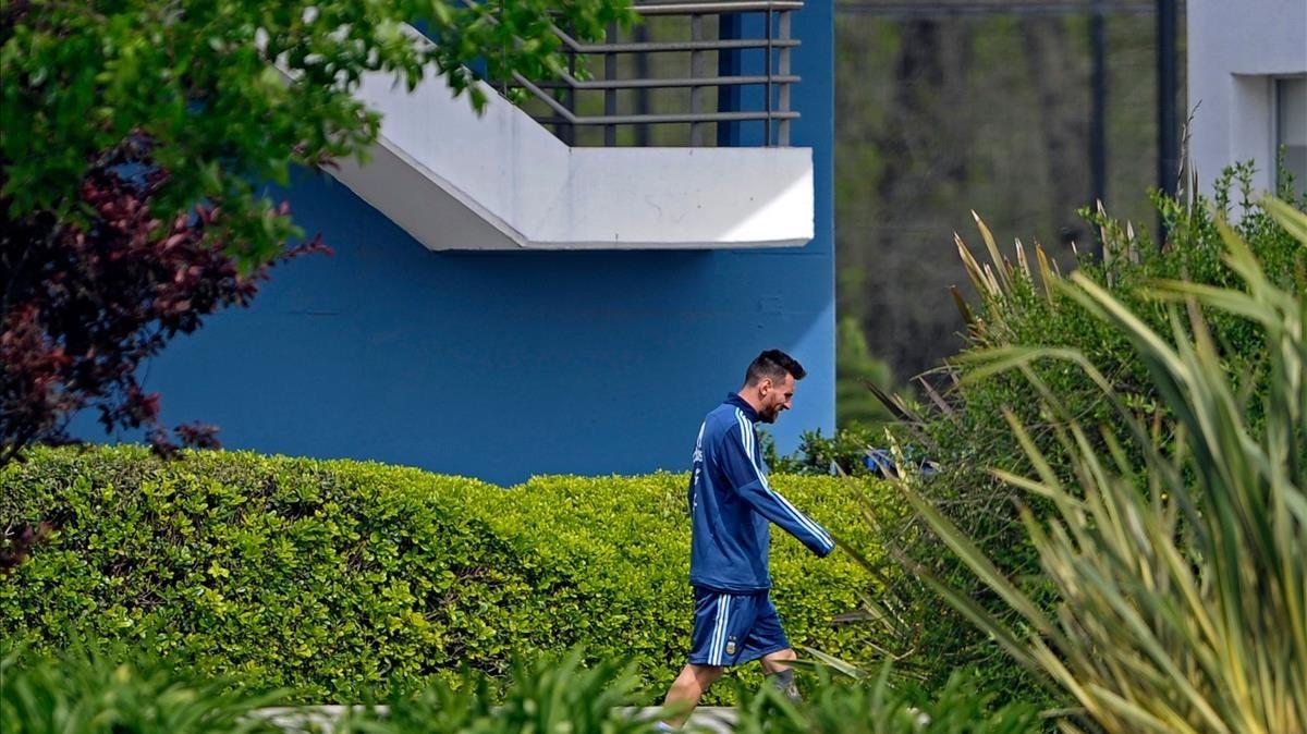 Messi, en un momento de la concentración de la selección argentina en Ezeiza.