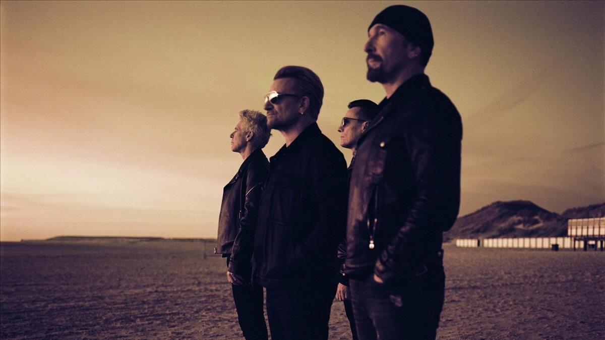 U2, en una imagen promocional, con Adam Clayton, Bono, Larry Mullen Jr y The Edge, de izquierda a derecha