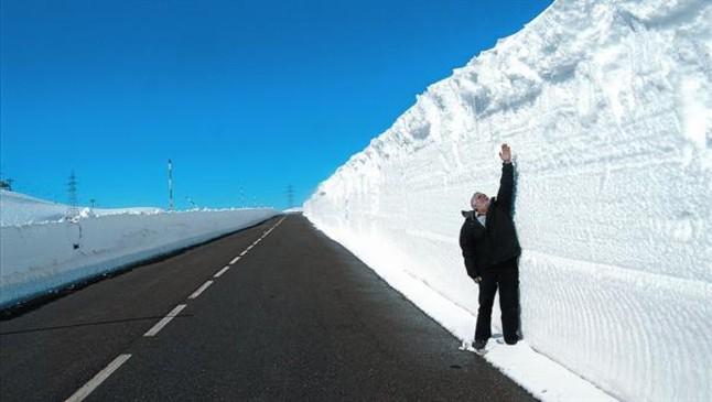 La Generalitat pide extremar la precauci�n por el fr�o y la nieve