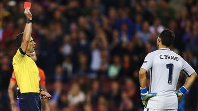 La premsa britànica carrega durament contra Bravo i qüestiona Guardiola