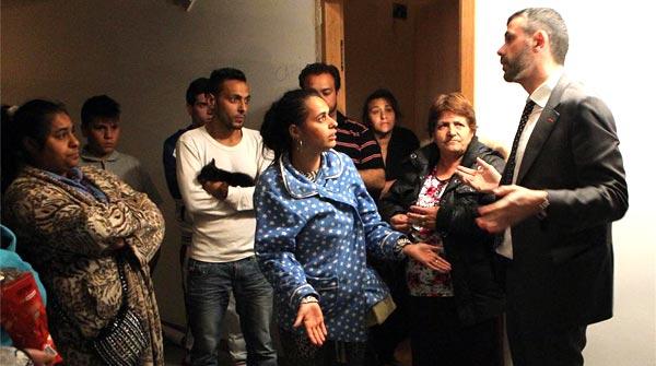 El 39 conseller 39 vila media para desalojar un edificio ocupado - El tiempo en figueres ...