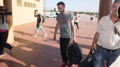 Un jove empresonat per estafar 800 euros espera indult des del setembre
