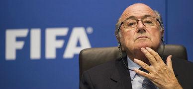 La FIFA aparta a Blatter durante 90 d�as