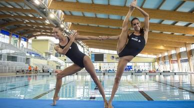 Gemma Mengual (izquierda) y Ona Carbonell, en la presentaci�n de la rutina libre, este viernes en Sabadell.