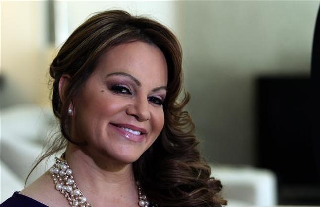 Fallece Jenni Rivera, 'coach' de 'La voz' en México, en un accidente de avión