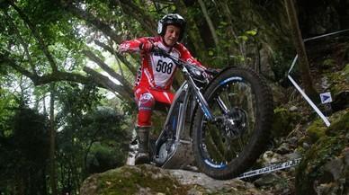 Marc Colomer y su Gas-Gas, en el trial de Lourdes (Francia), del Mundial de trial de motos eléctricas.