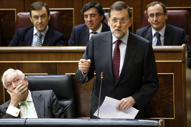 Rajoy miente, castiga a los pensionistas y se burla de la democracia