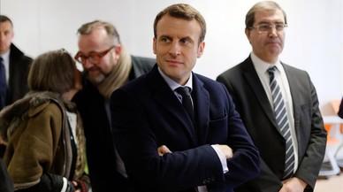 """Macron, investigat per """"favoritisme"""" per un viatge com a ministre d'Economia"""