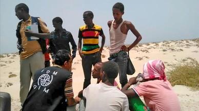 Un centenar de migrants, ofegats al ser llançats al mar al Iemen