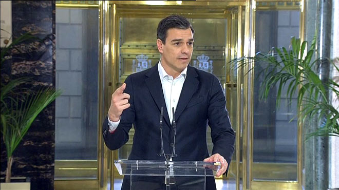 Sánchez rep l'aval dels sindicats al seu frustrat pacte a tres