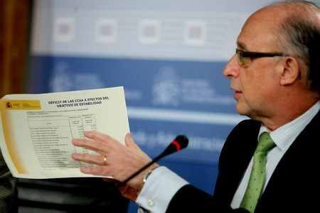 El ministro Cristóbal Montoro, durante la rueda de prensa.
