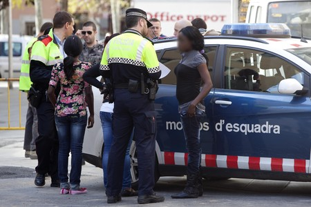 Redada policial contra la prostitucin, en el Raval, el pasado 30 de marzo. 