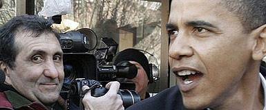El fotógrafo Pete Souza (izquierda) con Obama.