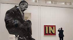 'La Espera', de Dar�o Villalba, en primer plano y 'In', de Roy Lichtenstein.