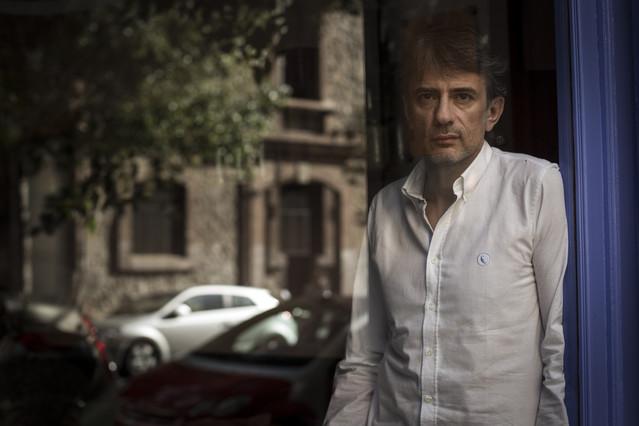 El escritor gallego Juan Tallón, en el Restaurante Semproniana.