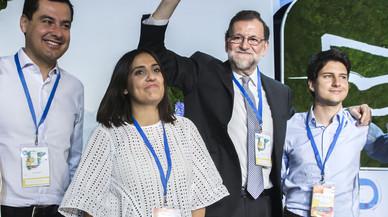 Rajoy a los jóvenes: La gente del PP no se porta mal nuncapp-no-se-porta-mal-nunca-atlas-lainz-