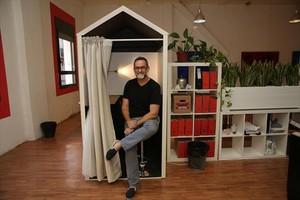 Miquel Lacasta, socio fundador de la empresa de coworking Kubik.