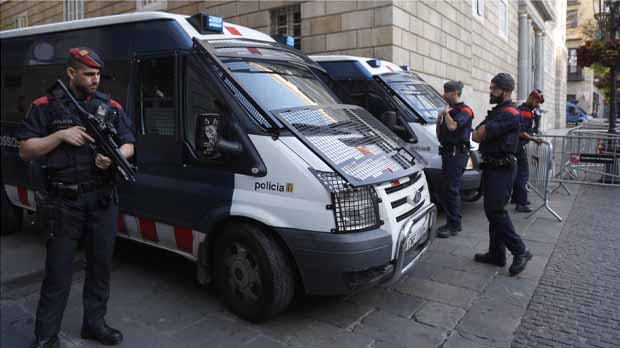Interior protegirà el 21-D amb 10.000 mossos i 3.000 policies i guàrdies civils