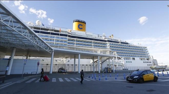 Barcelona guanya creueristes en temporada baixa i nous vaixells