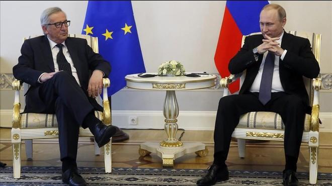 Juncker diu a Rússia que la UE no aixecarà les sancions a Moscou