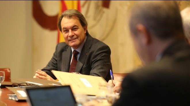 La Generalitat aprova una pròrroga dels pressupostos del 2015