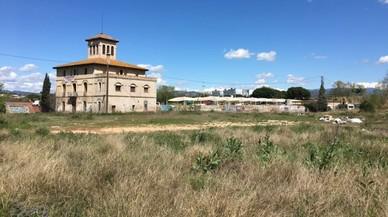 La oposición de Parets pide en bloque a la Generalitat no derribar una masía del Patrimonio Local