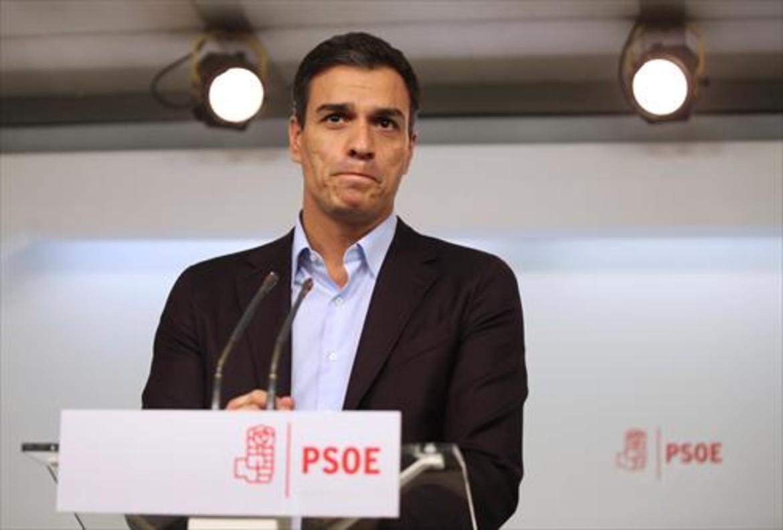Sánchez decapitado; Catalunya al fondo