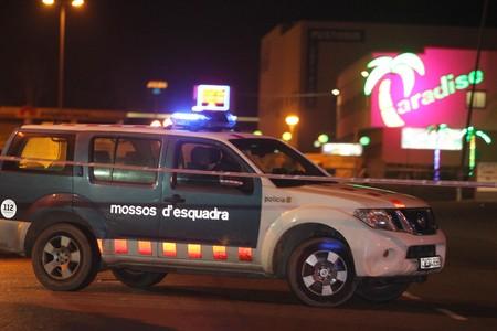 Desalojado el macroprost�bulo Paradise de La Jonquera por una amenaza de bomba