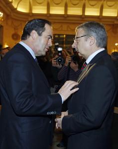 José Bono (izquierda) y José Blanco, en el foro Nueva Economía, en Madrid, en marzo del 2010.