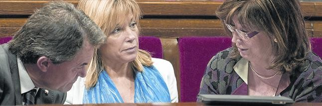 Artur Mas, Joana Ortegai Irene Rigau, al Parlament.