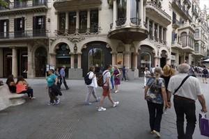 Lujo superior 8El paseo de Gràcia, a la altura de la calle de Diputació.
