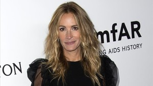 zentauroepp40529588 actress julia roberts attends the amfar gala los angeles in 171019191030