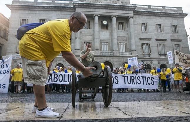 Guerra global a los apartamentos tur sticos ilegales en - Pisos turisticos barcelona ...